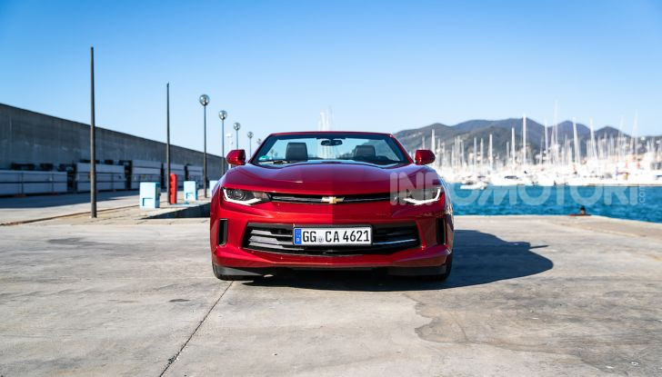Test Drive Chevrolet Camaro Cabrio, la 2.0 turbo per andare ovunque - Foto 16 di 54