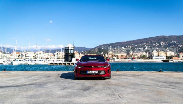Test Drive Chevrolet Camaro Cabrio, la 2.0 turbo per andare ovunque - Foto 24 di 54