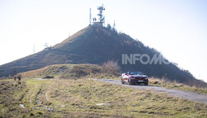 Test Drive Chevrolet Camaro Cabrio, la 2.0 turbo per andare ovunque - Foto 30 di 54