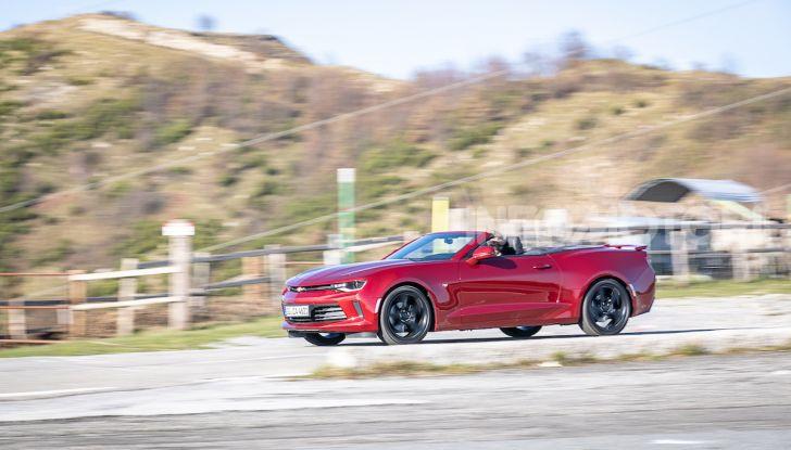 Test Drive Chevrolet Camaro Cabrio, la 2.0 turbo per andare ovunque - Foto 38 di 54