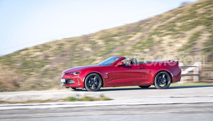 Test Drive Chevrolet Camaro Cabrio, la 2.0 turbo per andare ovunque - Foto 39 di 54