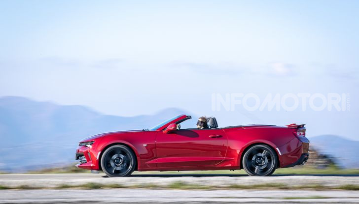 Test Drive Chevrolet Camaro Cabrio, la 2.0 turbo per andare ovunque - Foto 40 di 54