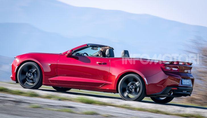 Test Drive Chevrolet Camaro Cabrio, la 2.0 turbo per andare ovunque - Foto 41 di 54