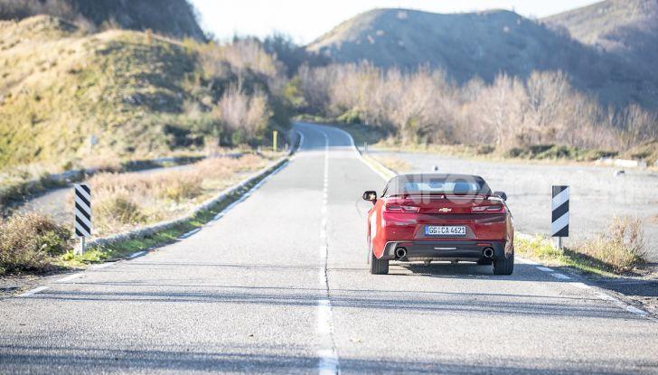 Test Drive Chevrolet Camaro Cabrio, la 2.0 turbo per andare ovunque - Foto 51 di 54