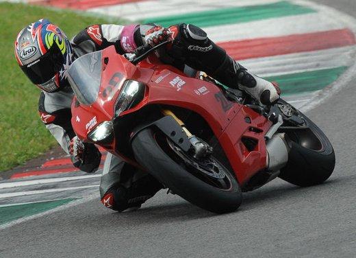 Ducati Riding Experience 2013 in sella a Ducati 1199 Panigale, Multistrada, Hypermotard e Monster - Foto 4 di 8