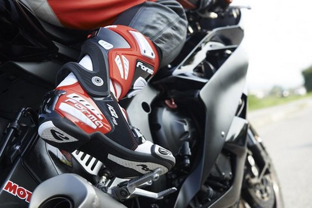 Recensione stivali racing  Forma Ice Pro - Infomotori f7798a4c69c