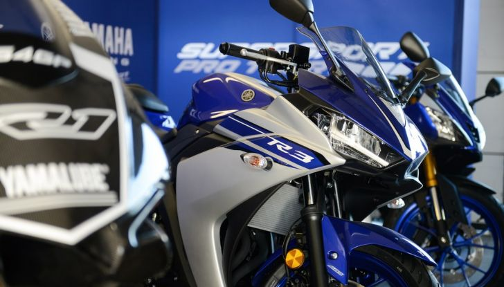 A Misano con Yamaha Supersport Pro Tour 2016: Adrenalina a mille! - Foto 17 di 60