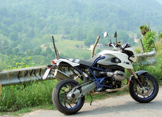 BMW HP2 Megamoto – Long Test Ride - Foto 3 di 56
