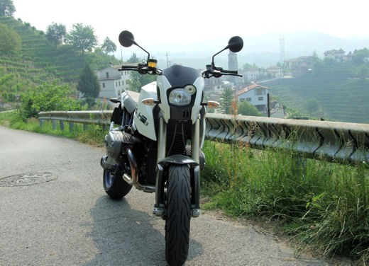 BMW HP2 Megamoto – Long Test Ride - Foto 6 di 56