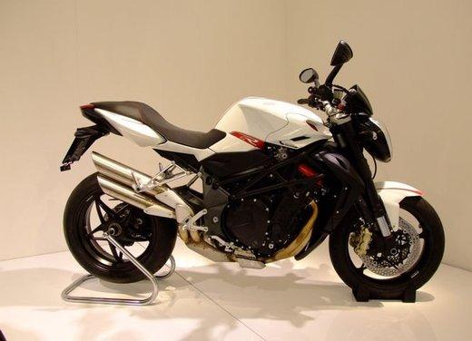 Salone Eicma 2011 ciclo moto e scooter di successo con mezzo milione di appassionati - Foto 3 di 23