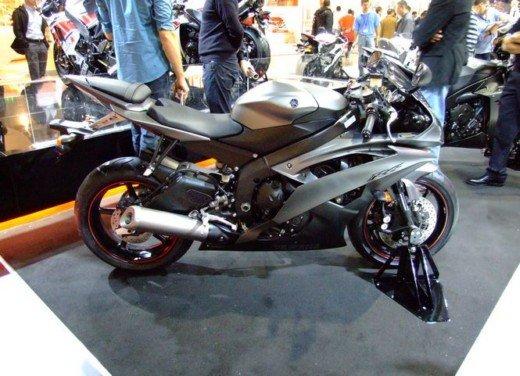 Yamaha YZF R1 - Foto 2 di 49