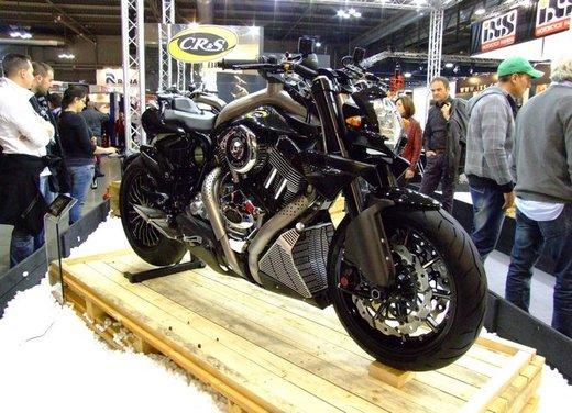 Salone Eicma 2011 ciclo moto e scooter di successo con mezzo milione di appassionati - Foto 8 di 23