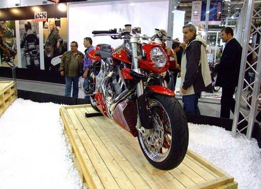 Salone Eicma 2011 ciclo moto e scooter di successo con mezzo milione di appassionati - Foto 9 di 23
