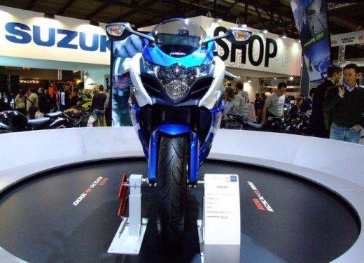 Suzuki a Eicma 2011 - Foto 3 di 36
