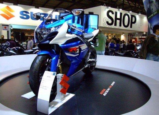 Suzuki a Eicma 2011 - Foto 4 di 36