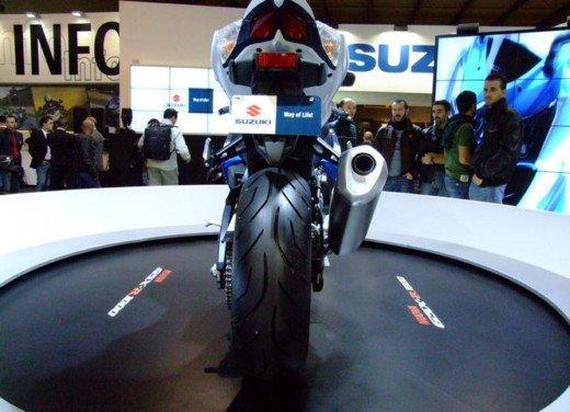 Suzuki a Eicma 2011 - Foto 9 di 36
