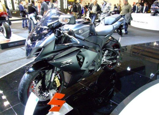 Suzuki a Eicma 2011 - Foto 11 di 36