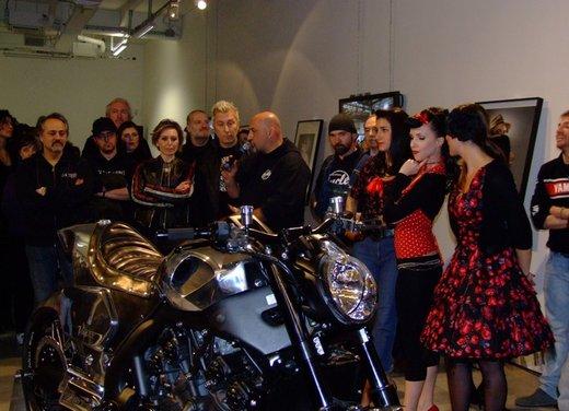 Yamaha VMax Hyper Modified, la moto custom made in Italy - Foto 11 di 19