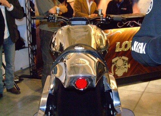 Yamaha VMax Hyper Modified, la moto custom made in Italy - Foto 2 di 19