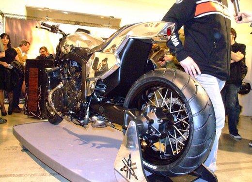 Yamaha VMax Hyper Modified, la moto custom made in Italy - Foto 19 di 19