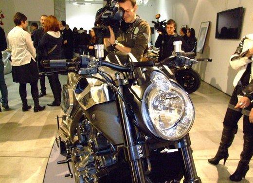 Yamaha VMax Hyper Modified, la moto custom made in Italy - Foto 16 di 19