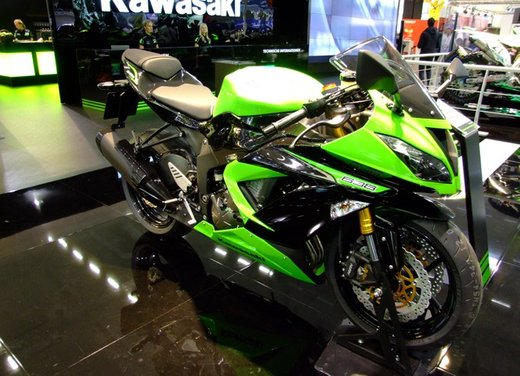 Kawasaki Ninja ZX-6R - Foto 2 di 34