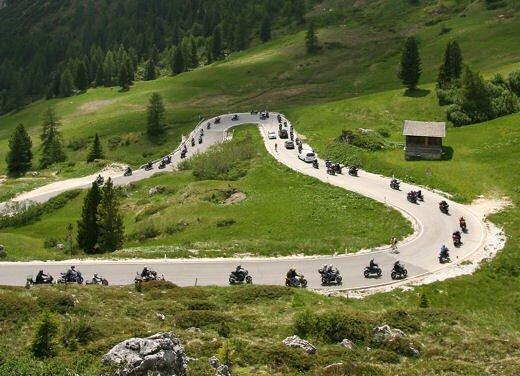 Dolomiti Ride 2011: a Canazei dal 24 al 26 giugno in sella alla Yamaha - Foto 9 di 15