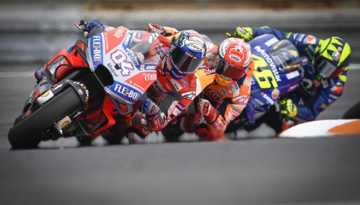 MotoGP 2019, GP della Repubblica Ceca: Marquez piega Dovizioso e vince a Brno, Rossi quinto - Foto 10 di 11