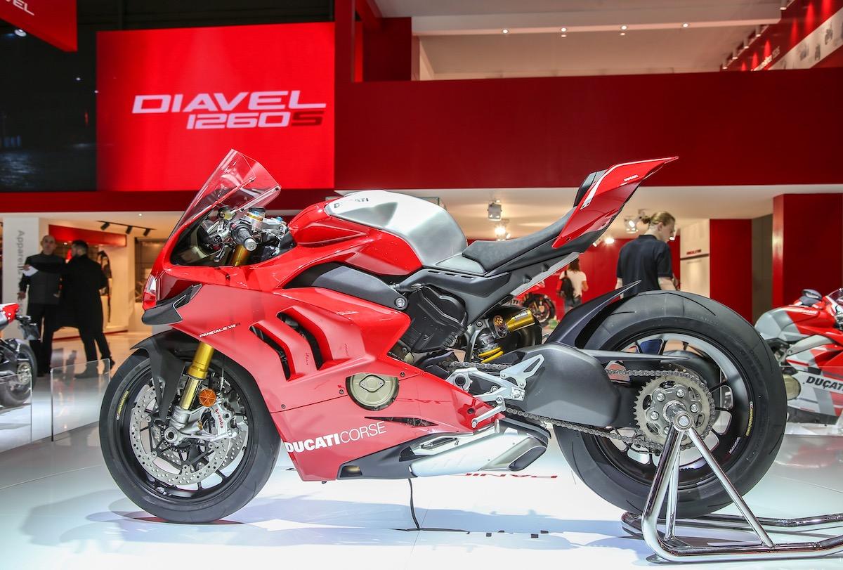 EICMA 2018, tutte le novità Ducati da Panigale V4 R alla nuova gamma 950 - Foto 3 di 33