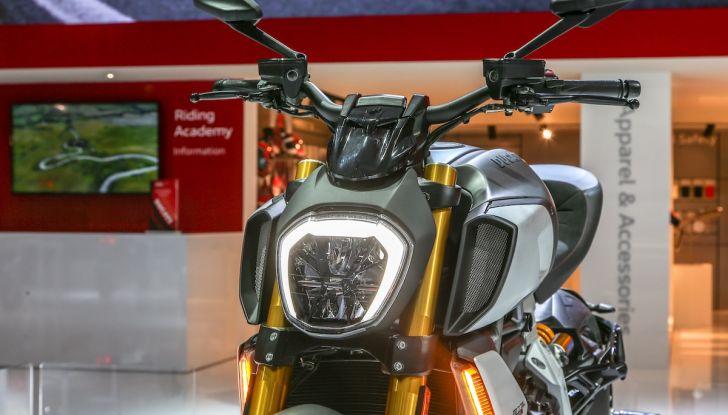 EICMA 2018, tutte le novità Ducati da Panigale V4 R alla nuova gamma 950 - Foto 30 di 33