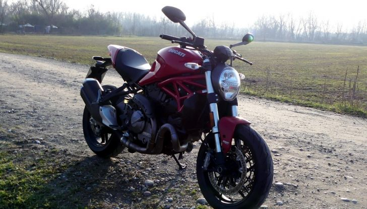 Ducati Monster 821: il migliore di sempre - Foto 21 di 39