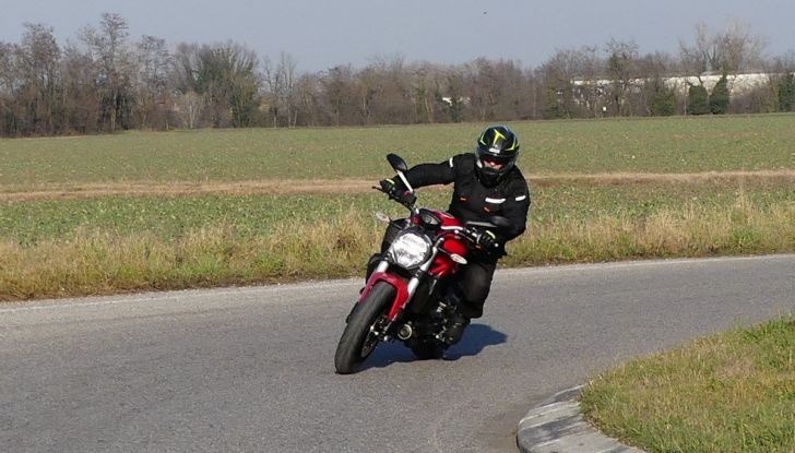 Ducati Monster 821: il migliore di sempre - Foto 29 di 39
