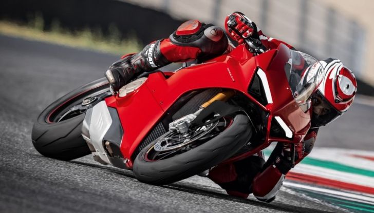 Ducati V4 Superleggera: potenza massima (236 cv) e peso minimo (161 kg)! - Foto 5 di 13