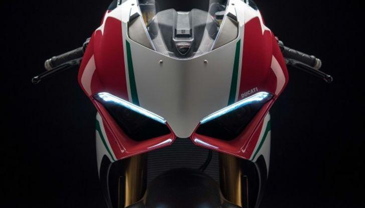 Ducati V4 Superleggera: potenza massima (236 cv) e peso minimo (161 kg)! - Foto 8 di 13