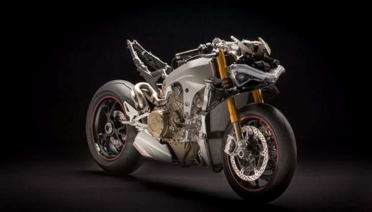 Ducati V4 Superleggera: potenza massima (236 cv) e peso minimo (161 kg)! - Foto 10 di 13