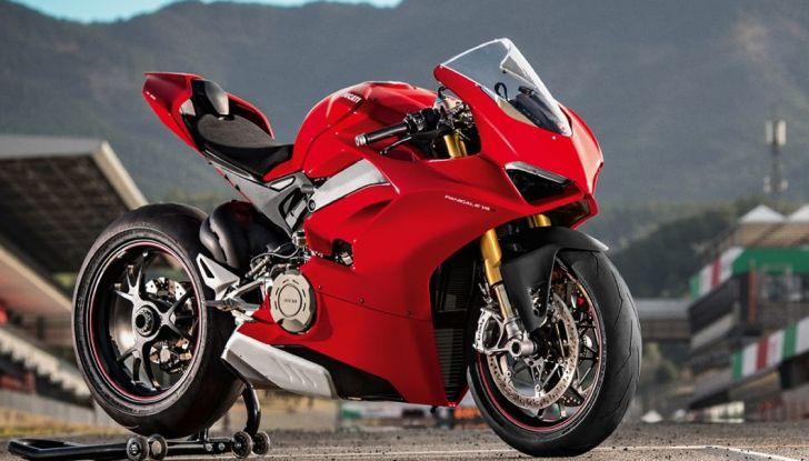 Ducati V4 Superleggera: potenza massima (236 cv) e peso minimo (161 kg)! - Foto 1 di 13