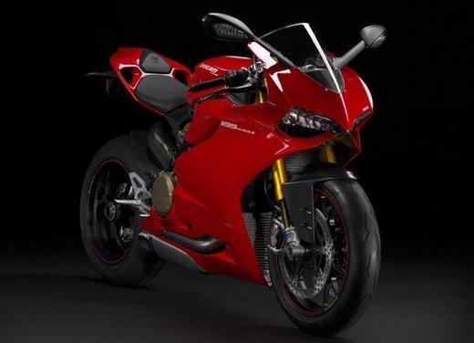 Motodays 2012: novità da Ducati, Piaggio, Aprilia, Moto Guzzi - Foto 11 di 17
