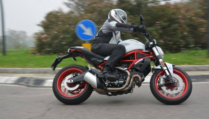 Ducati Monster 797: happy birthday Monster - Foto 11 di 53