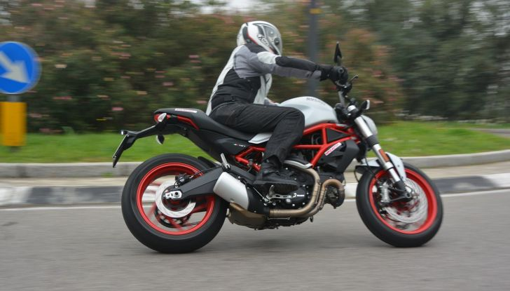 Ducati Monster 797: happy birthday Monster - Foto 12 di 53
