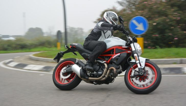 Ducati Monster 797: happy birthday Monster - Foto 10 di 53