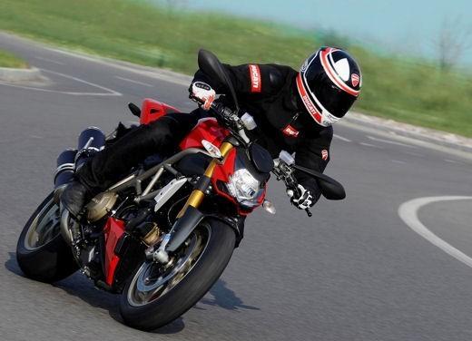 """World Ducati Week 2012: il """"Pianeta dei Campioni"""" alza il sipario - Foto 25 di 34"""