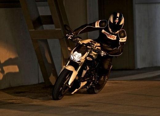 """World Ducati Week 2012: il """"Pianeta dei Campioni"""" alza il sipario - Foto 27 di 34"""