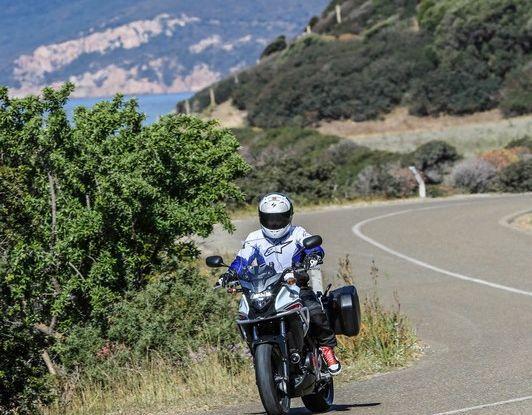 Test Honda CB 500X: divertimento e facilità immediata! - Foto 35 di 41