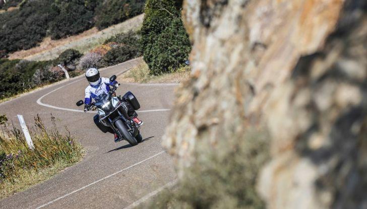 Test Honda CB 500X: divertimento e facilità immediata! - Foto 36 di 41