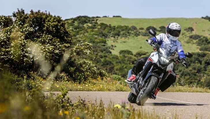 Test Honda CB 500X: divertimento e facilità immediata! - Foto 38 di 41