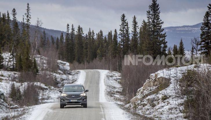Nuova Ford Edge 2019: dinamica, spaziosa e con nuove dotazioni tecnologiche - Foto 11 di 33