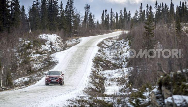 Nuova Ford Edge 2019: dinamica, spaziosa e con nuove dotazioni tecnologiche - Foto 16 di 33