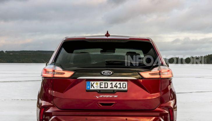 Nuova Ford Edge 2019: dinamica, spaziosa e con nuove dotazioni tecnologiche - Foto 26 di 33