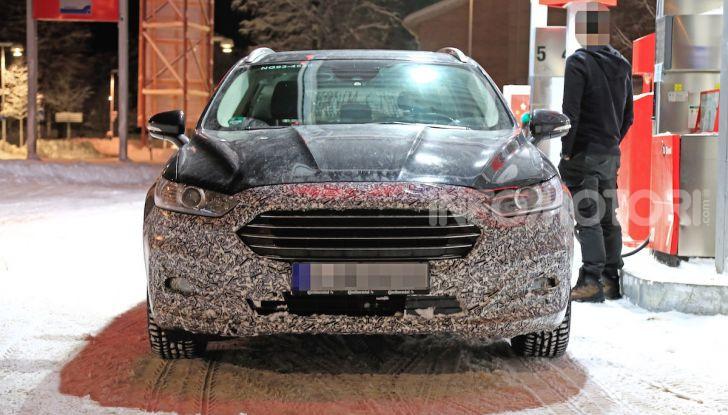 Ford Mondeo Wagon 2019: ibrida, familiare e per tutti - Foto 2 di 10