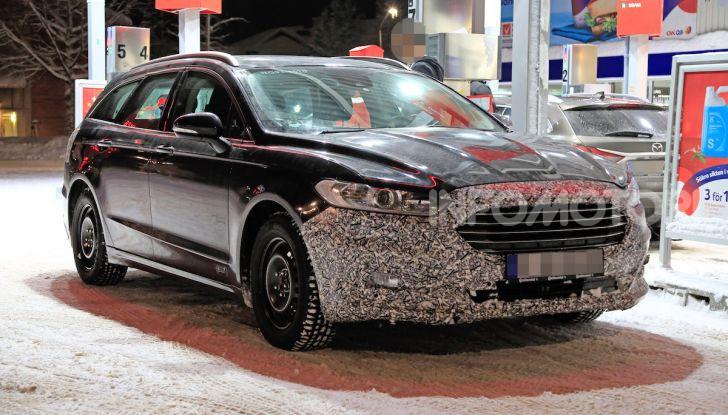 Ford Mondeo Wagon 2019: ibrida, familiare e per tutti - Foto 1 di 10